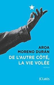 de l'autre côté, la vie volée Aroa Moreno une souris et des livres